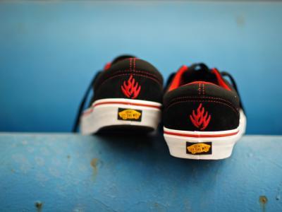 【NewYe周三】Vans x Black Label-分享四分之一个世纪的荣耀