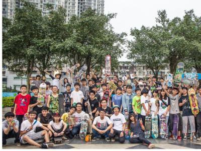 【城市滑报】南宁X-FLY滑板店四周年店庆 X Symbolic新款发布