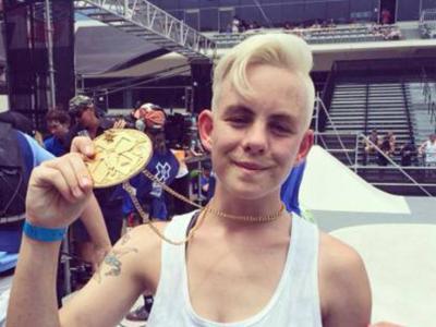 【板女动态】Lacey Baker夺下2014X-Games滑板街式道具女子比赛