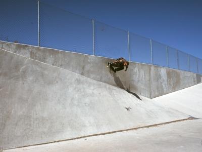 【滑板文艺】温哥华Brothers团队美国滑板视频