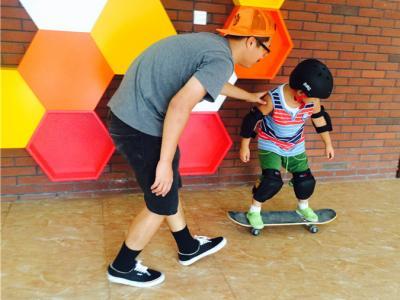【城市滑报】Justice滑板课堂2015年暑假
