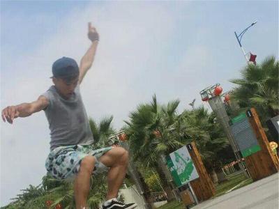【城市滑报】Justice滑板课堂毕业滑手小宇