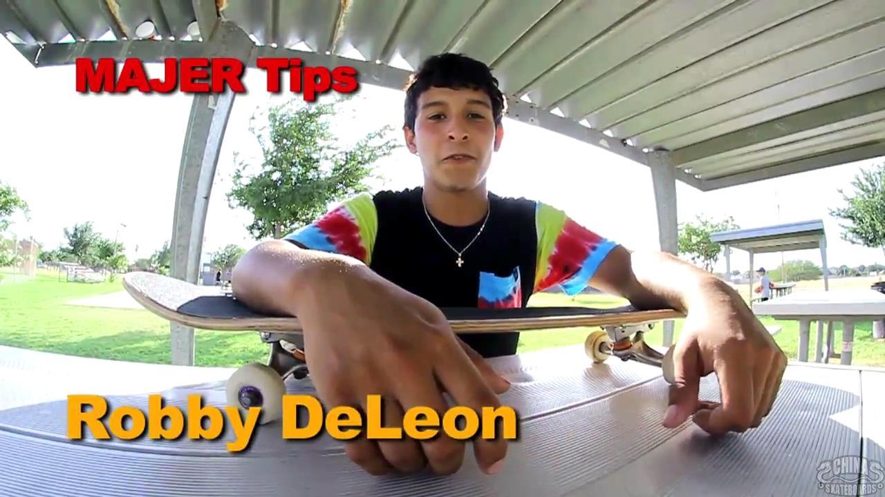 动作 滑板 教学 Boneless 360  Robby DeLeon