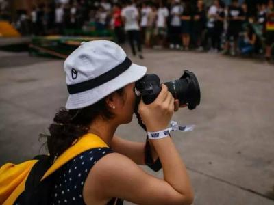 【城市滑报】女摄影师ET
