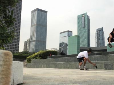 【WHATSUP WKND】智云新款稳定器 Rider-M试拍视频