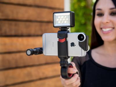 Olloclip全新产品 Pivot,专为手机而设计紧凑型可调节拍摄手柄