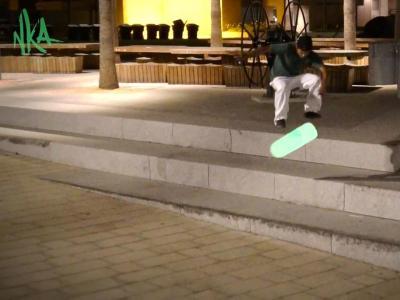 超级拉轰夜滑利器,照亮整个黑夜的荧光砂纸