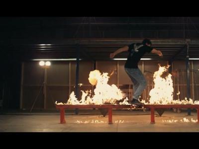 【滑板文艺】The Chainsmokers最新单曲「Setting Fires」MV发布
