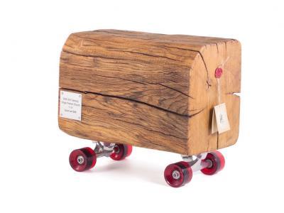 17世纪滑板老古董 售价人民币2000元