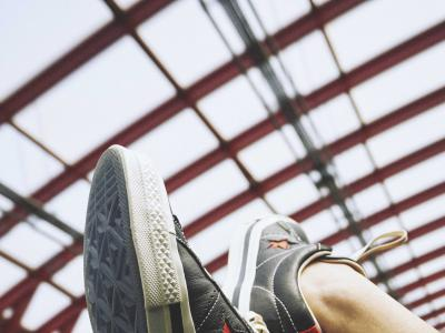 CONVERSE携手KASINA推出联名系列 引领首尔街头 二十周年限定