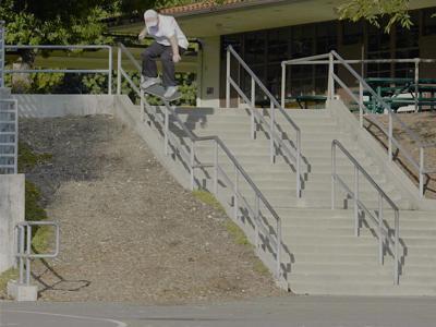 小胖Jamie Foy正式加入New Balance滑板队!
