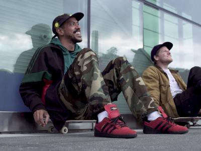 Adidas早春巨献:致敬巴西传奇滑手Rodrigo&霹雳滑手Dennis Busenitz