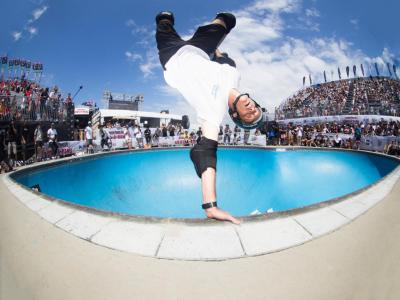 Vans职业公园滑板赛与Tony Hawk正式成为全球直播合作伙伴