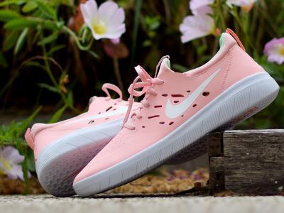 Nyjah全新寿司配色款Nike SB签名战靴,粉色骚动你的少女心