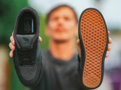 以90年代 Vans 鞋款为灵感,Geoff Rowley 推出 Rowley RapidWeld Pro LTD