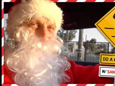 Tony Hawk化身圣诞老人,开启圣诞版「DO A KICKFLIP!」活动