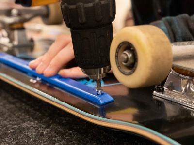 超实用滑板技巧 | 装滑板肋条有什么用?