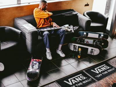 Vans 携手 Justin Henry 带来新颖风格的 Style 36 签名款职业滑板鞋