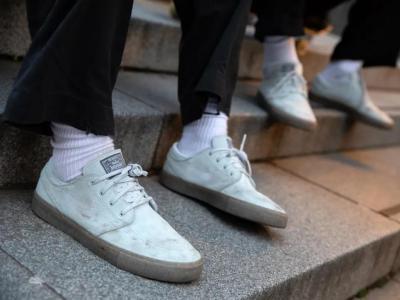极简主义再革新:Nike SB 发布 Janoski Flyleather RM 滑板鞋