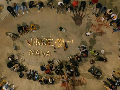 刚刚发了个人影片,却因为车祸意外离世的21岁滑手Vincent Nava