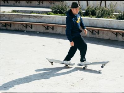 【盘问】将No Comply发扬光大的Ray Barbee,正式加入Krooked滑板队