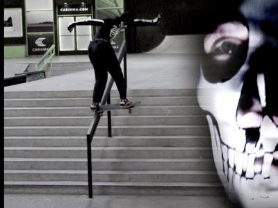 滑板圈神秘男子——骷髅男!
